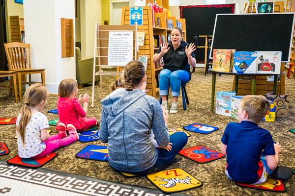 Summer-Reading COLFAX Storytime